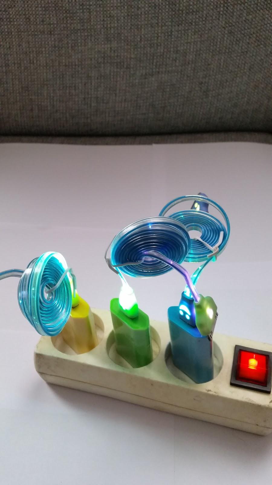 1x Cables de données et chargement Lumineux USB Smartphone Led Couleurs Samsung www.avalonlineshopping.com 82.jpg