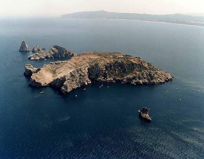 alquiler-barcos-barcelona-islas-medas.jpg
