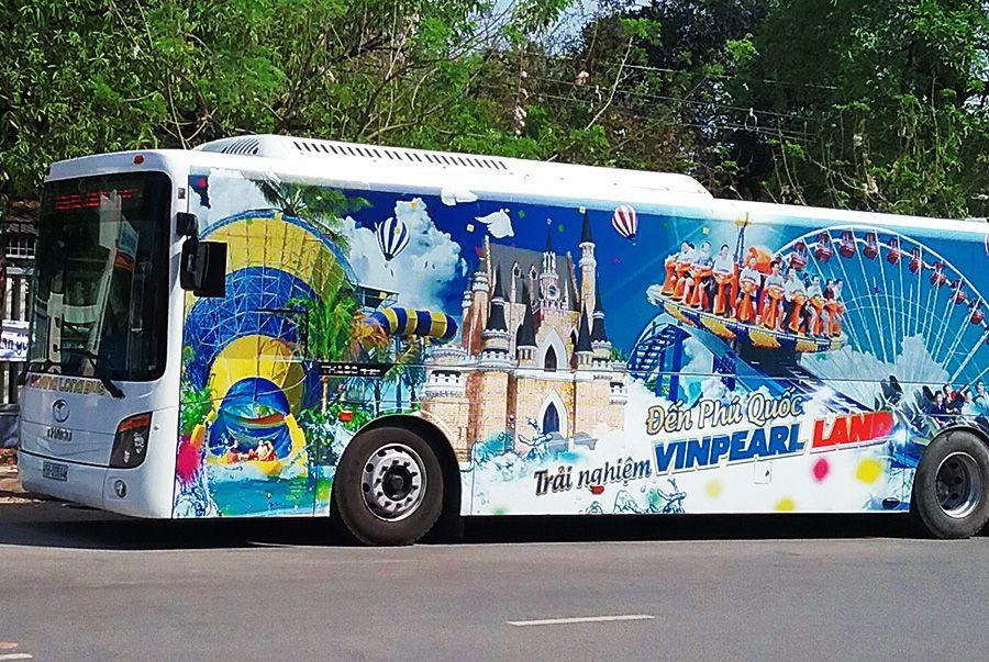 Xe buýt đưa đón đi Vinpearl Land Phú Quốc