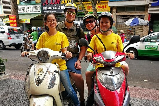 Motorbike tour for expats