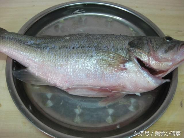 魚蒸的不鮮嫩,鹽是罪魁禍首,而且最關鍵的步驟很多人都不會!