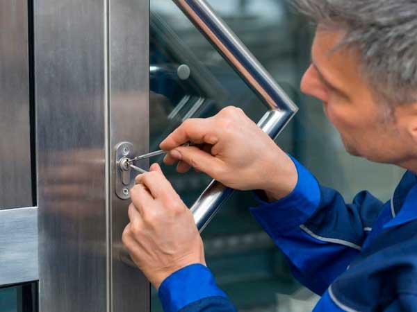 proteger tu negocio de hurtos y robos