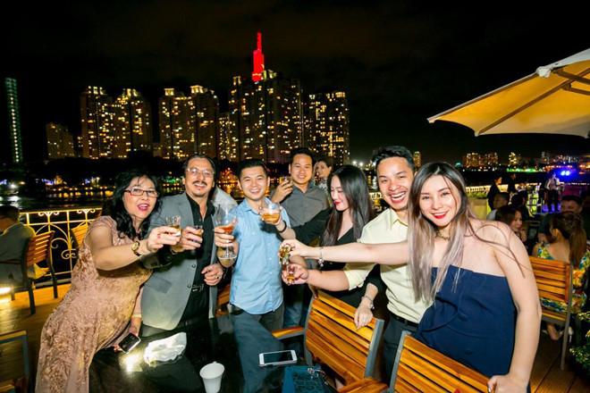 Du thuyền SaiGon Princess tổ chức tiệc theo từng yêu cầu