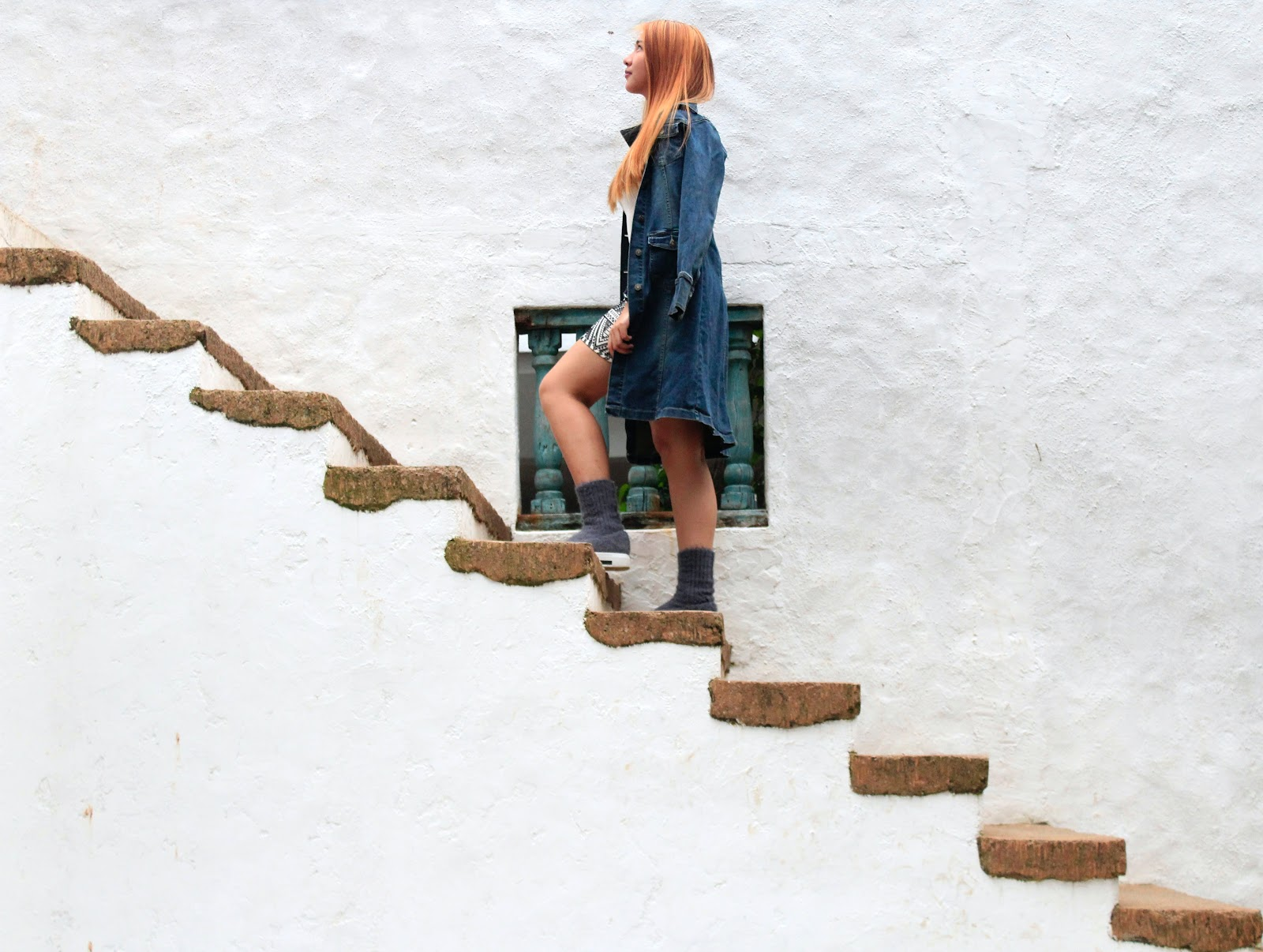 climbing the stairs to success. MSP Scaling with Support Adventure