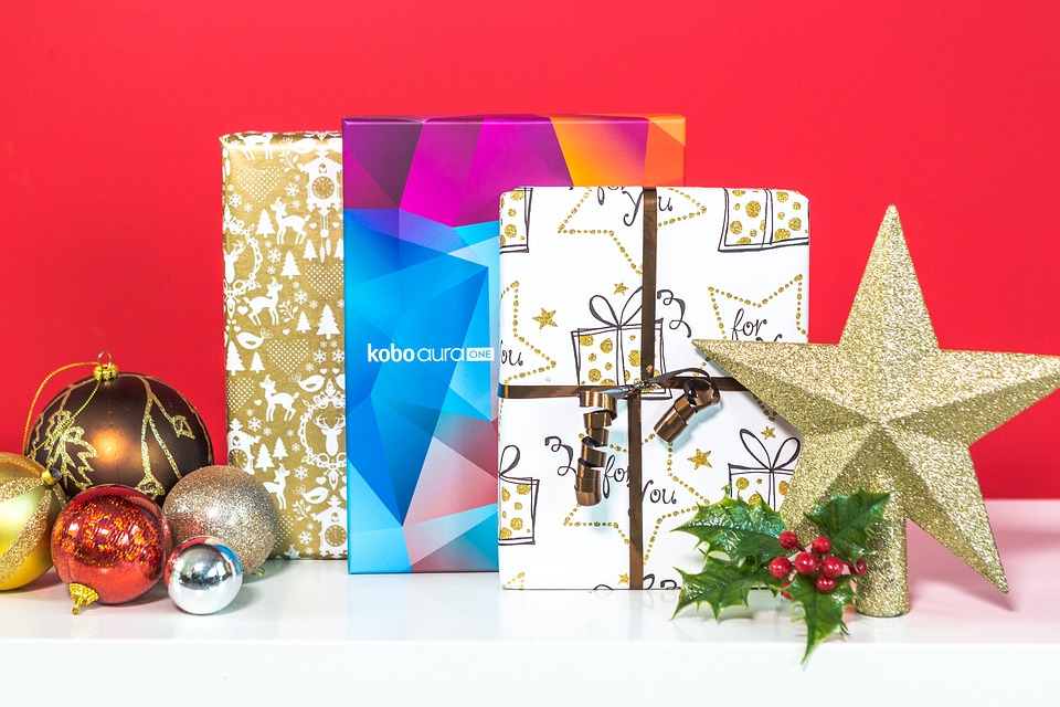 10 Awesome Christmas Gifts For The Whole Family | 5 Things To Do Today