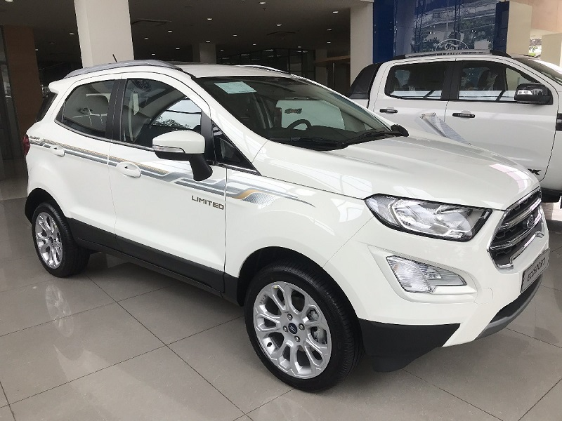 ford ecosport titanium 1.0L AT