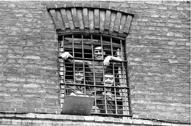 тюрьма-2