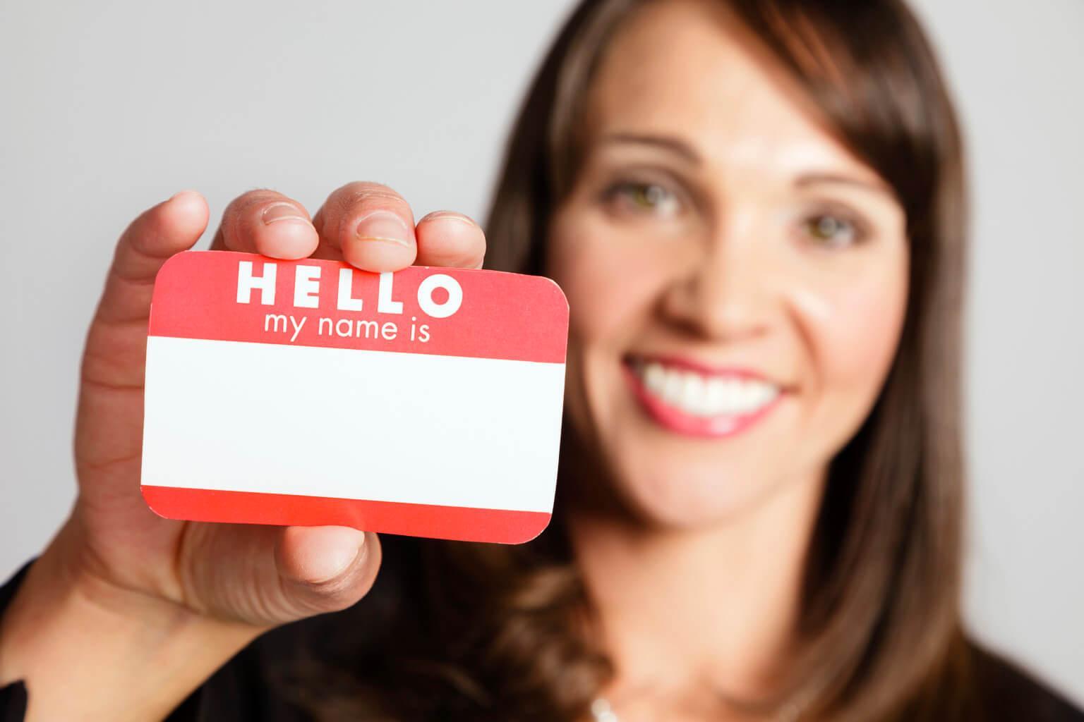 First name nghĩa là gì? Sự khác biệt giữa first name và last name?