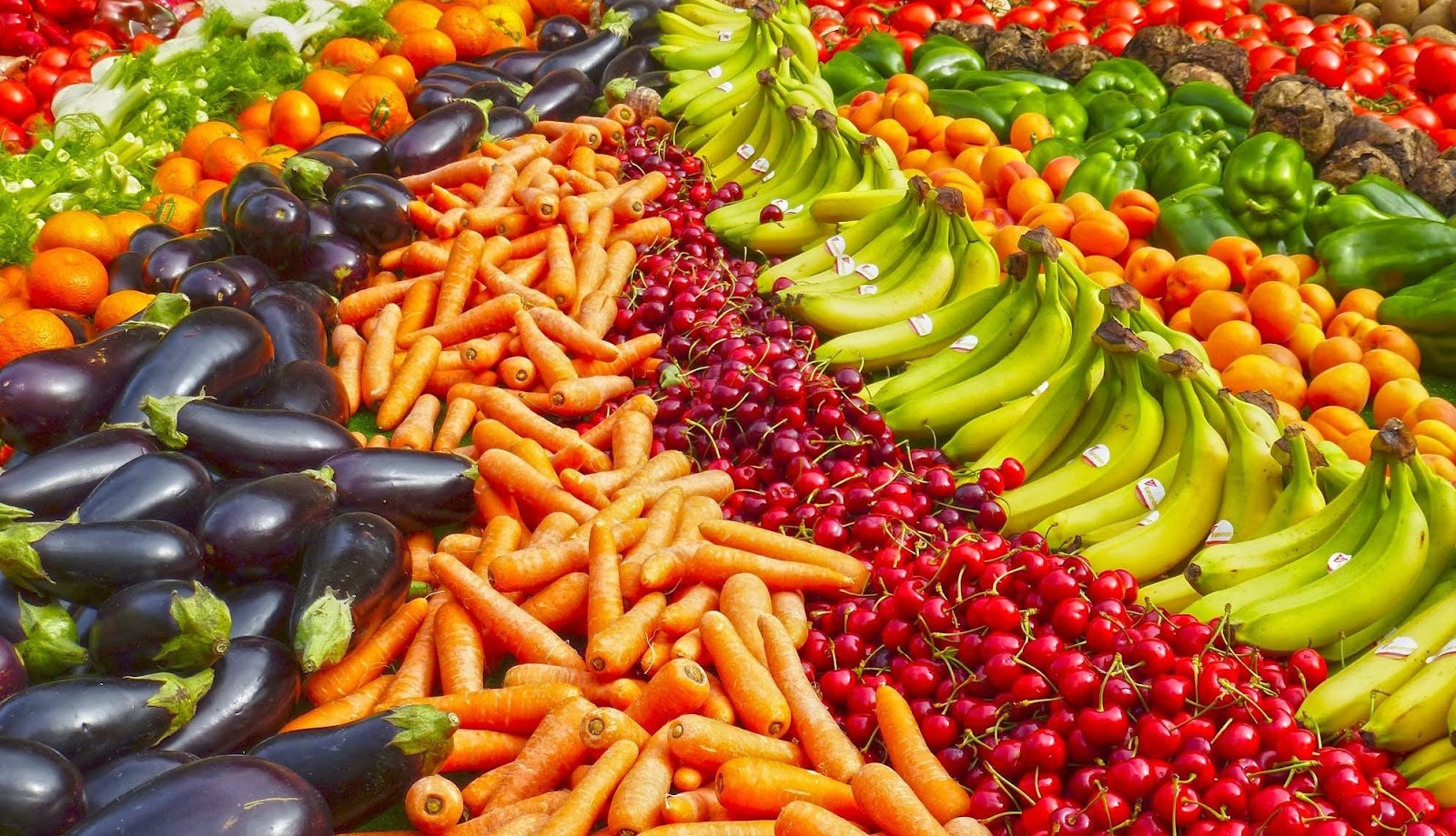 Eating a fruit and vegetable rainbow is one of the best ways to reduce workplace stress