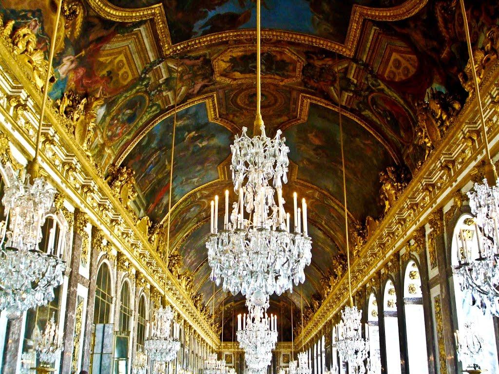 chandelier france.jpg