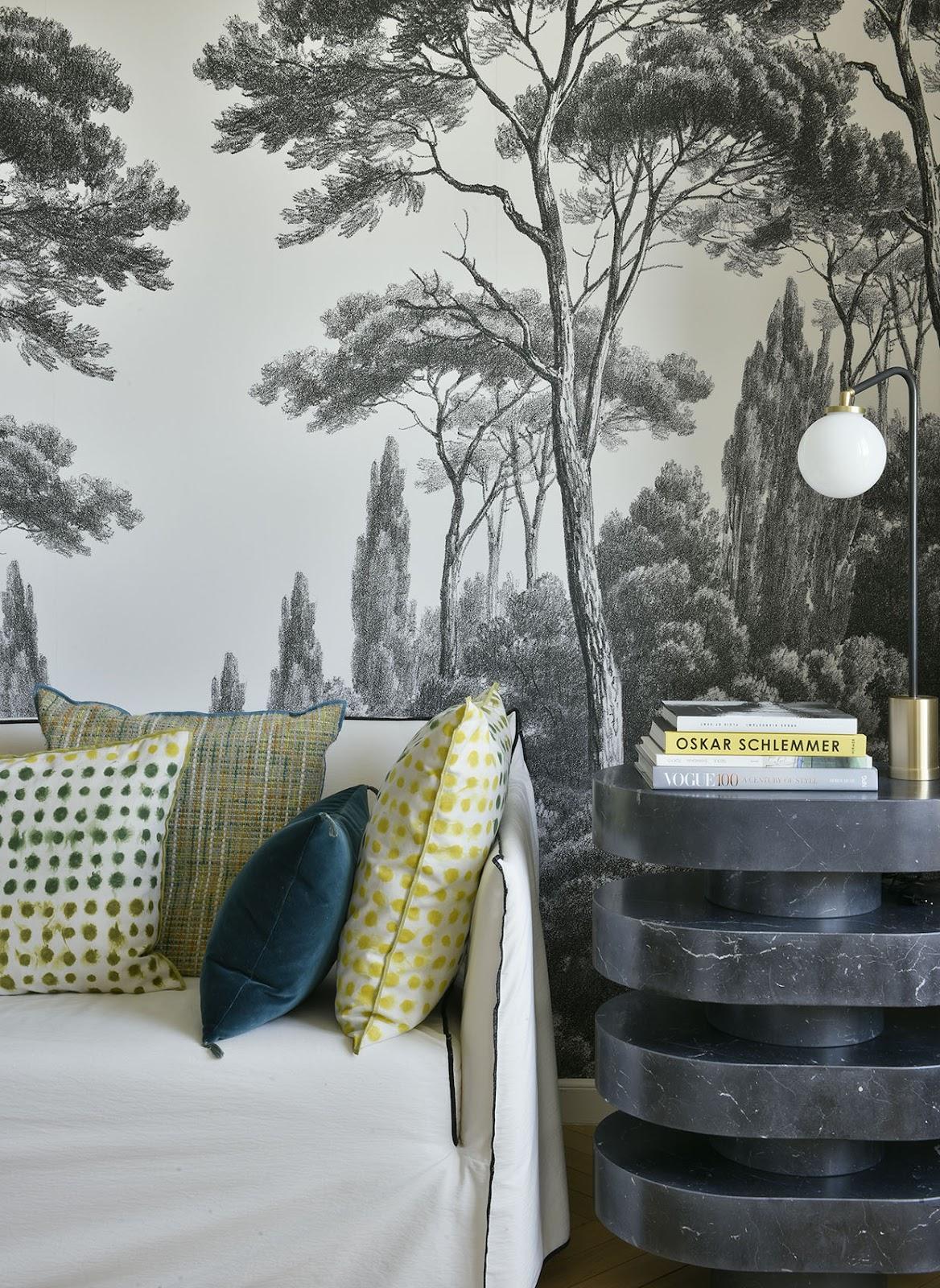 Motif wallpaper pada hunian bergaya art deco - source: gaspardronjat.com