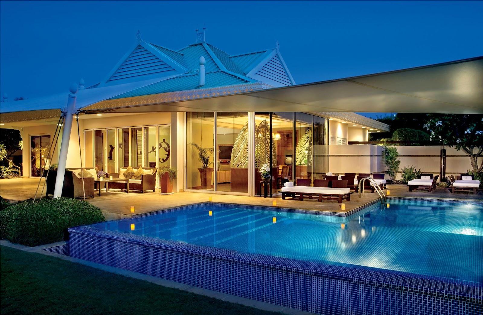 https://ritzcarlton-h.assetsadobe.com/is/image/content/dam/the-ritz-carlton/hotels/middle-east-and-africa/bahrain/bahrain/needs-captions/RCBAHRA_00269.png?$XlargeViewport100pct$