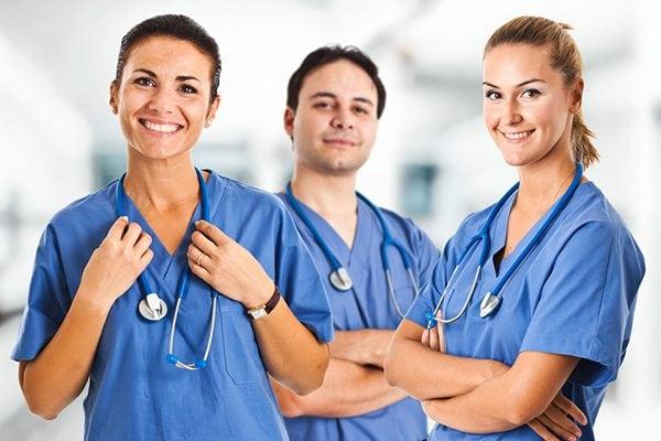 Sách hướng dẫn kỹ thuật điều dưỡng cơ bản trang bị cho bạn những kiến thức trở thành điều dưỡng viên chuyên nghiệp