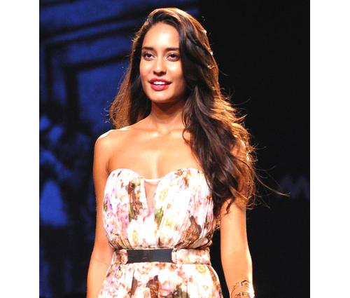 Lisa Haydon proof that a beautiful models can be a Bollywood leading lady.