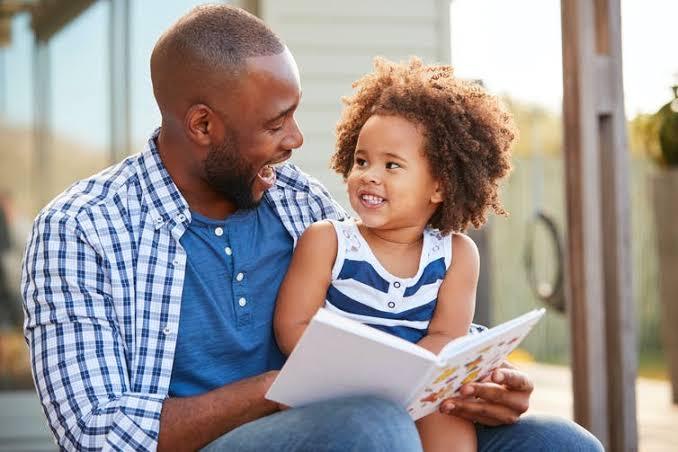 4 วิธีสอนลูกให้อ่านหนังสือ ง่ายๆ โดยเริ่มจากที่บ้าน ! 02