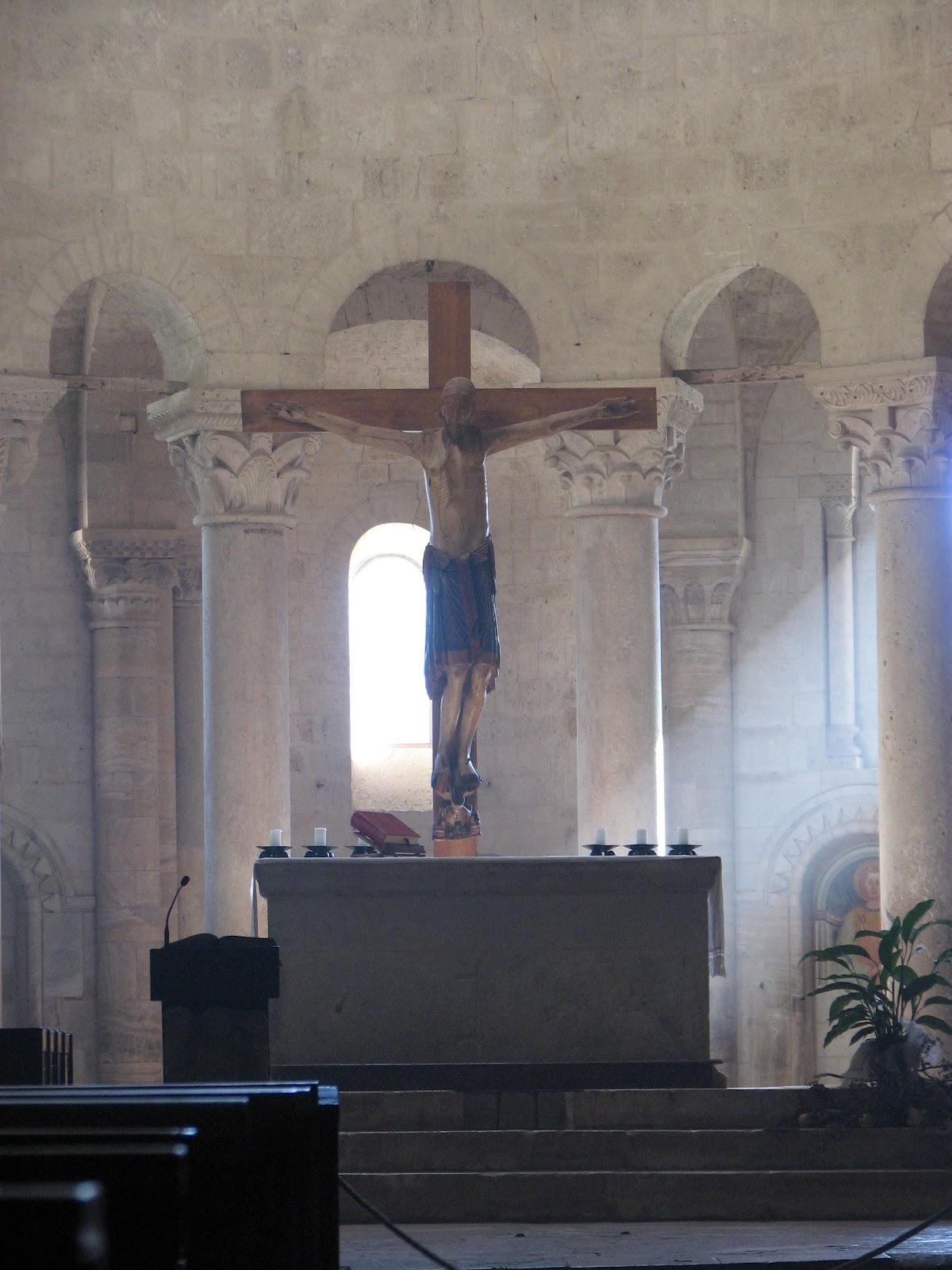 L'altar maggiore ed il