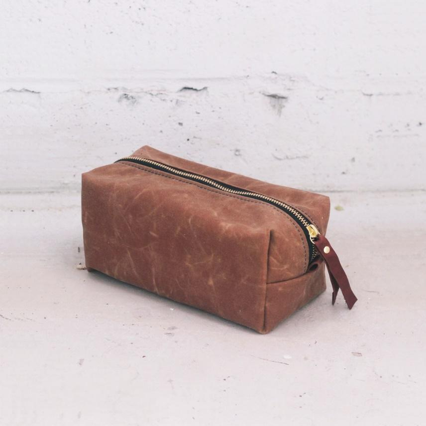 Image of Camel Dopp Kit