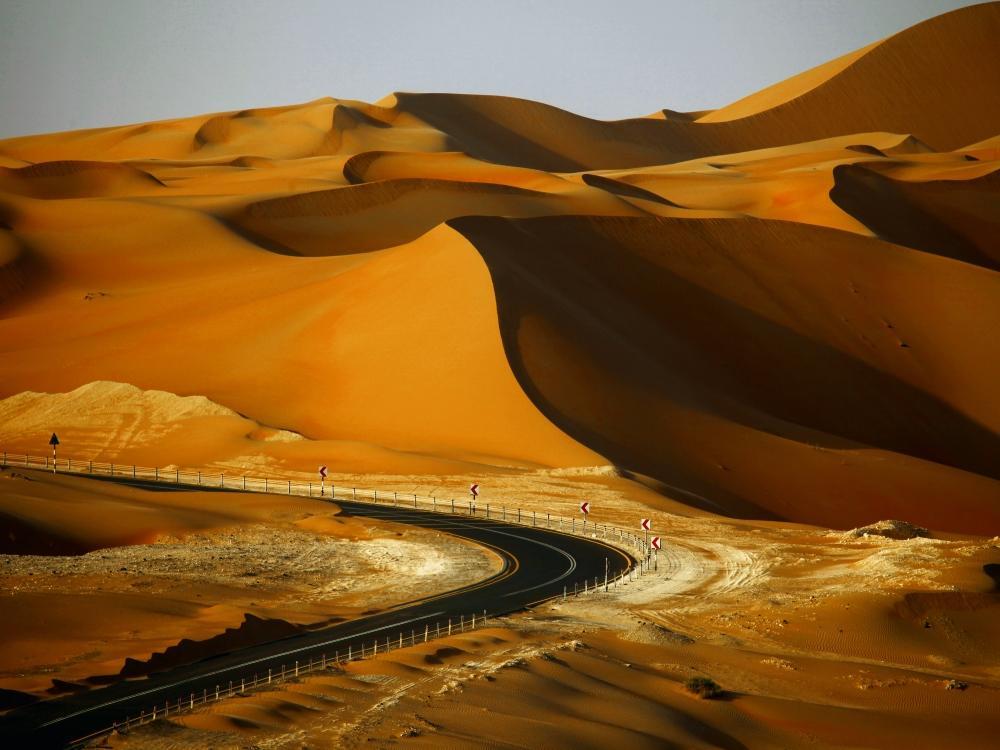 Holidayme_UAE_Roadtrips_Liwa_shutterstock_248228620