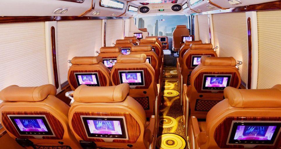 Nội thất xe Ninh Bình Limousine đi Ninh Bình từ Quảng Ninh