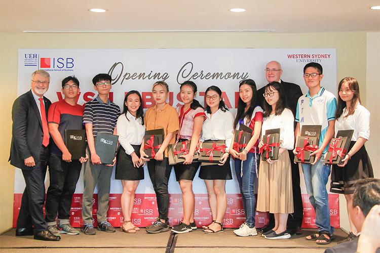 Viện ISB_Các học sinh tài năng nhận học bổng WSU BBUS Talent 2019