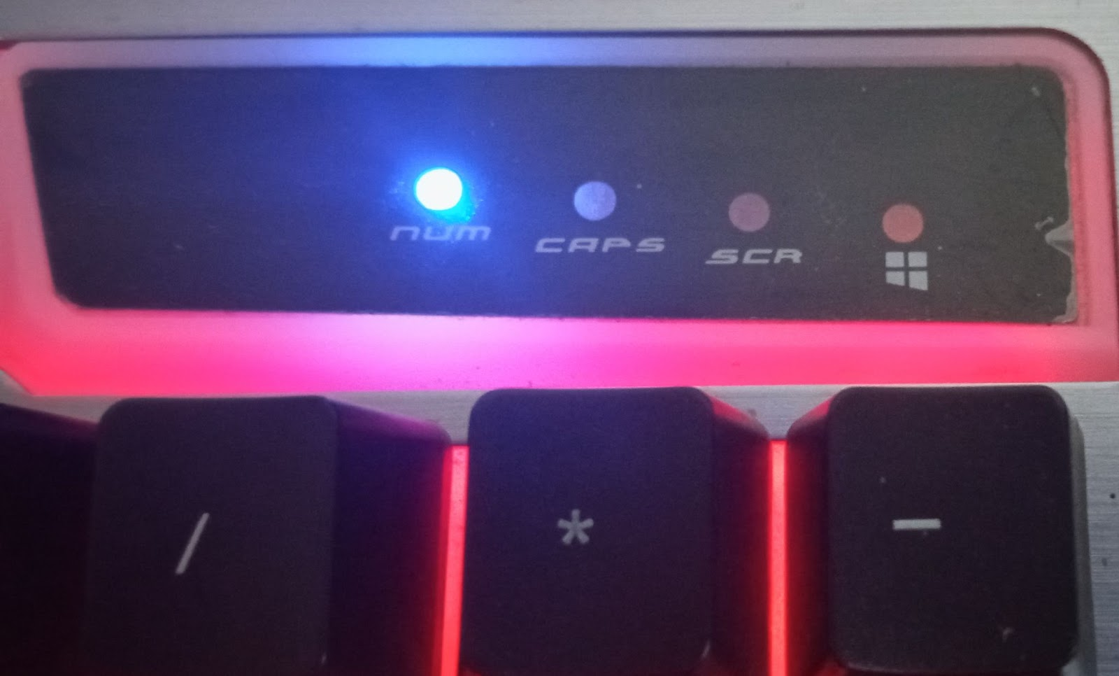 The Number Keys indication LED light on a keyboard