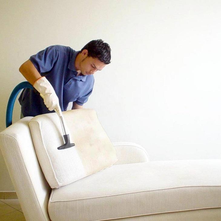 Giặt sofa bằng vải