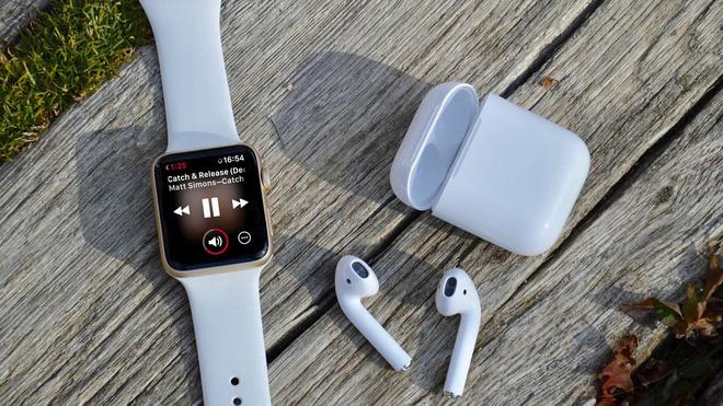 Thứ giúp cho iPhone 11 thành công không phải là những đột phá mới, mà là những sợi dây vô hình rất cũ này đây - Ảnh 3.