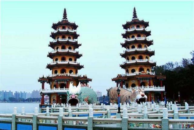 Các bạn nên tránh đặt vé máy bay đi Cao Hùng trong mùa cao điểm du lịch để tiết kiệm chi phí bay