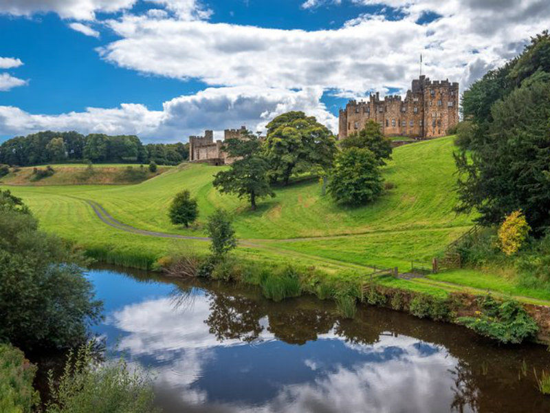 Castelo de Alnwick como destaque na viagem de um dia a Harry Potter e as fronteiras da Escócia saindo de Edimburgo