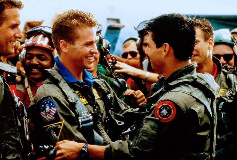 Eyewitnesses Claim That Tom Cruise Healed 'Top Gun Co-Star Val Kilmer's Cancer With The Touch Of A Finger Film Top Gun, Top Gun Movie, I Movie, Val Kilmer, Tom Cruise, Ryan Gosling, Meghan Markle, In The Heights, Naval Aviator