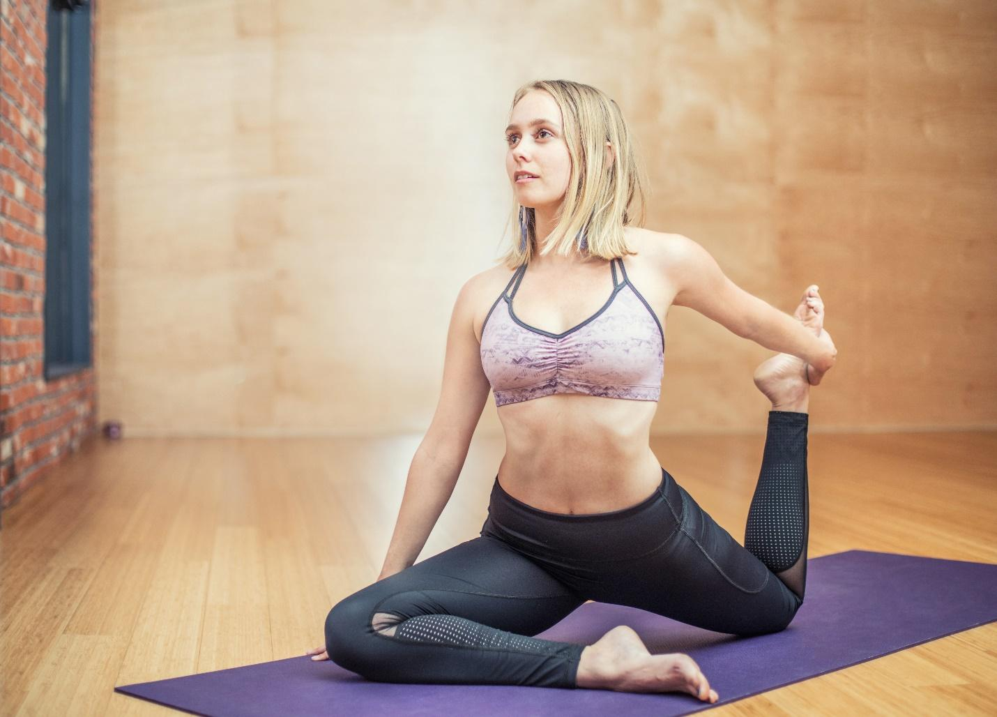 5 Easy Target Exercises to Lose Belly Fat - Yoga