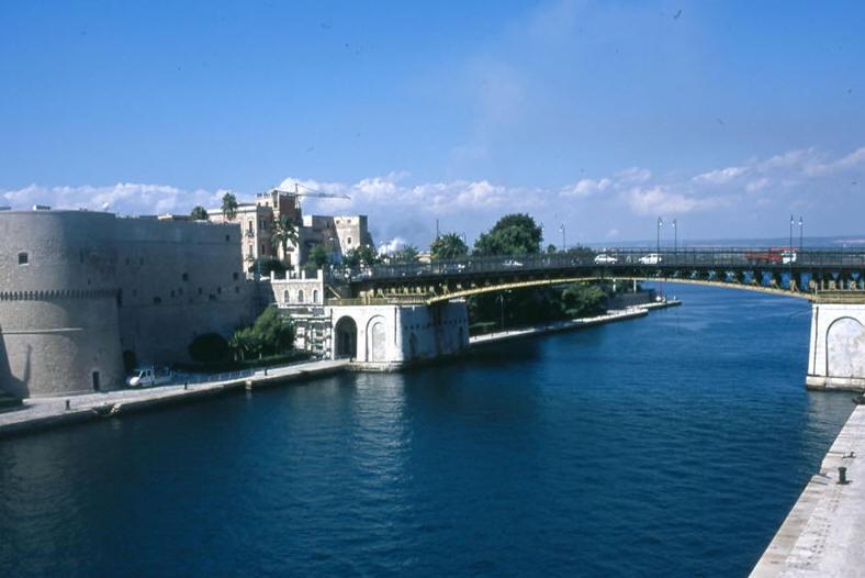 Taranto Italy  city photos gallery : The Cuisine Of Italy – Taranto | jovinacooksitalian