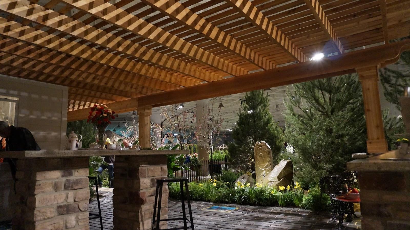 Pergola-design-over-patio-space