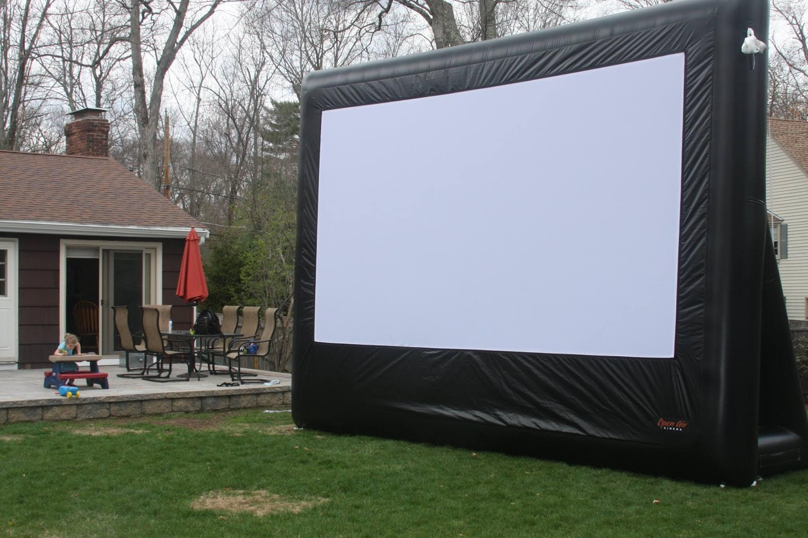 giant inflatable movie screen, Boston, were you Team Brenda or Team Kelly?, Press Play Outdoors Blog