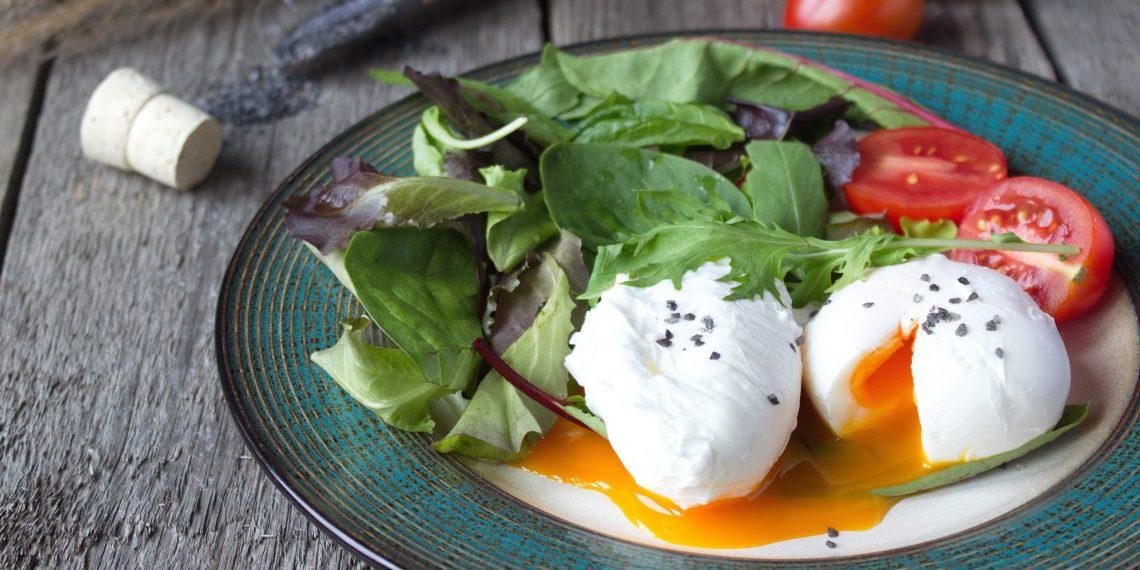 Как приготовить яйцо пашот: 6 лучших рецептов - Лайфхакер