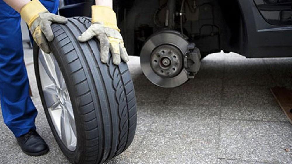 Cần phải sử dụng lốp dự phòng định kỳ và kiểm tra thường xuyên