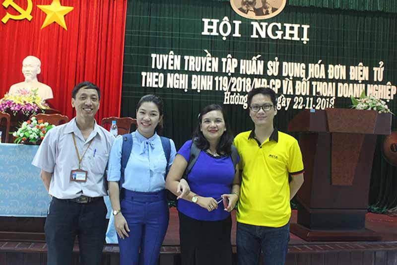 MISA cùng các cán bộ lãnh đạo của cơ quan Thuế tại tỉnh Thừa Thiên Huế