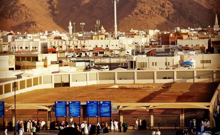 Uhud matyrs grave, Hamzah, Prophet's Uncle, Madinah, Saudi arabia