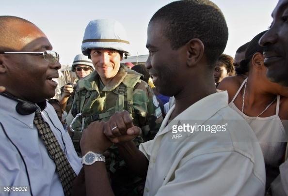 http://cache1.asset-cache.net/gc/56705009-gonaives-haiti-former-rebel-commander-and-gettyimages.jpg?v=1&c=IWSAsset&k=2&d=G8ezKbHgHCgpwTkvhVerjU600fGqLbnCKMAsFhfaCZxvS4vNeCAkpU407zeTWjxM