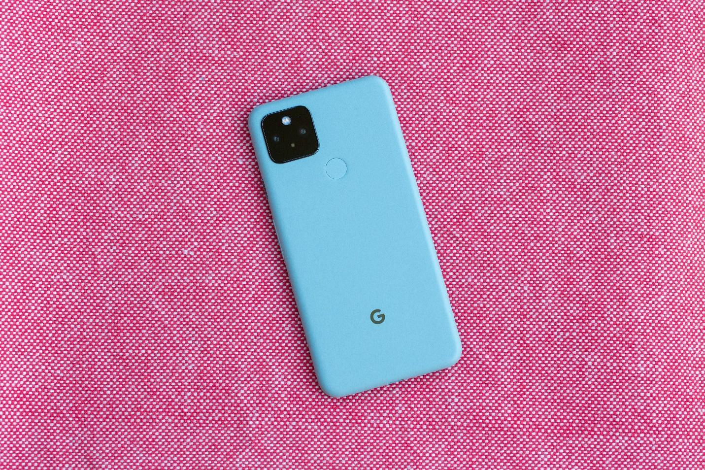 Pixel 5 review: Google's newest phone hasn't pulled ahead of its rivals -  CNET