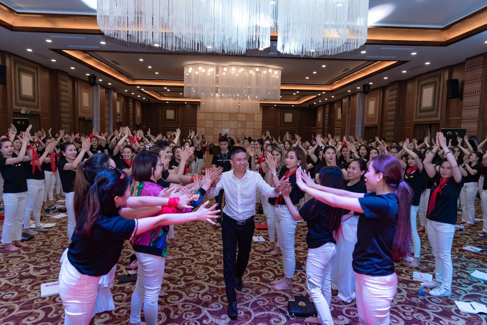 Nguyễn Thuấn - Huấn luyện viên tài ba truyền cảm hứng đến mọi người - Ảnh 6