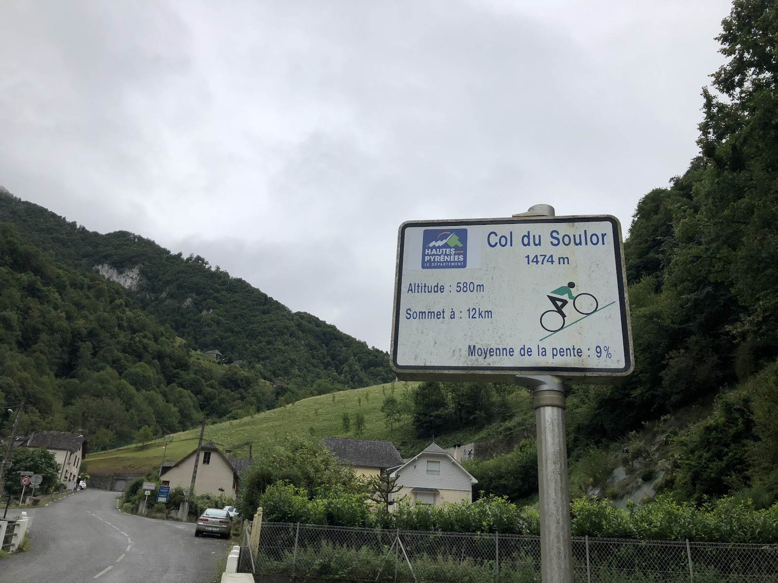 cycling Col d'Aubisque from Ferrières - Col du Soulor sign