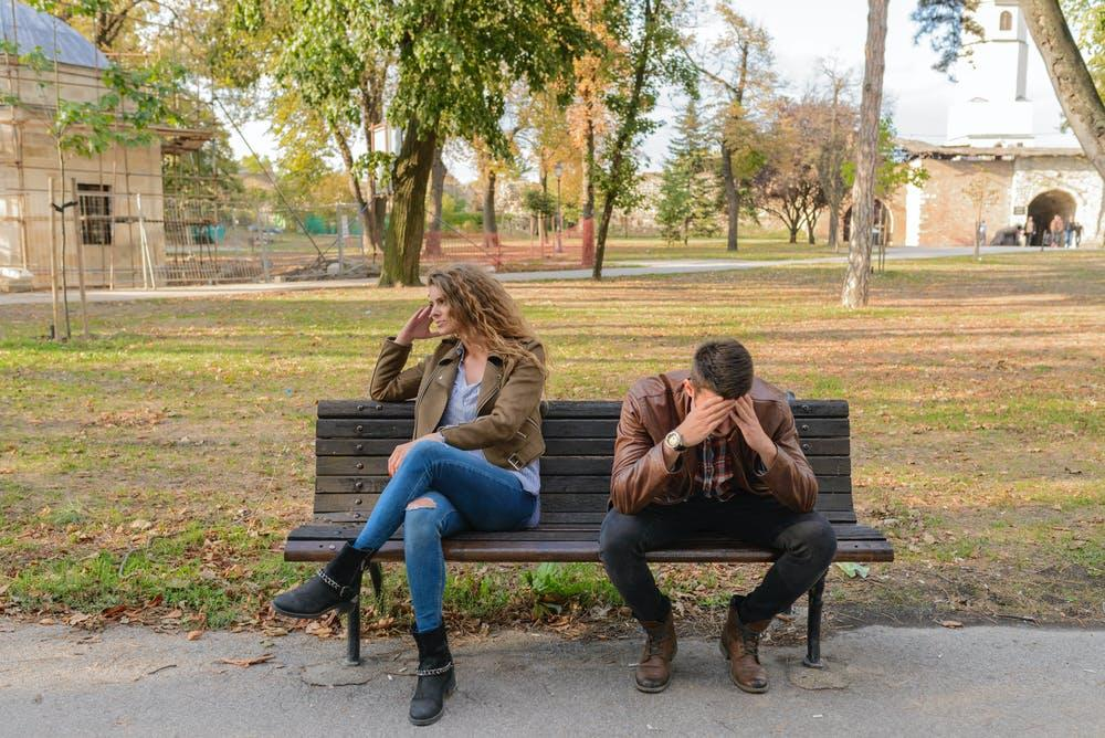 11 Signs That Your Relationship Has No Future