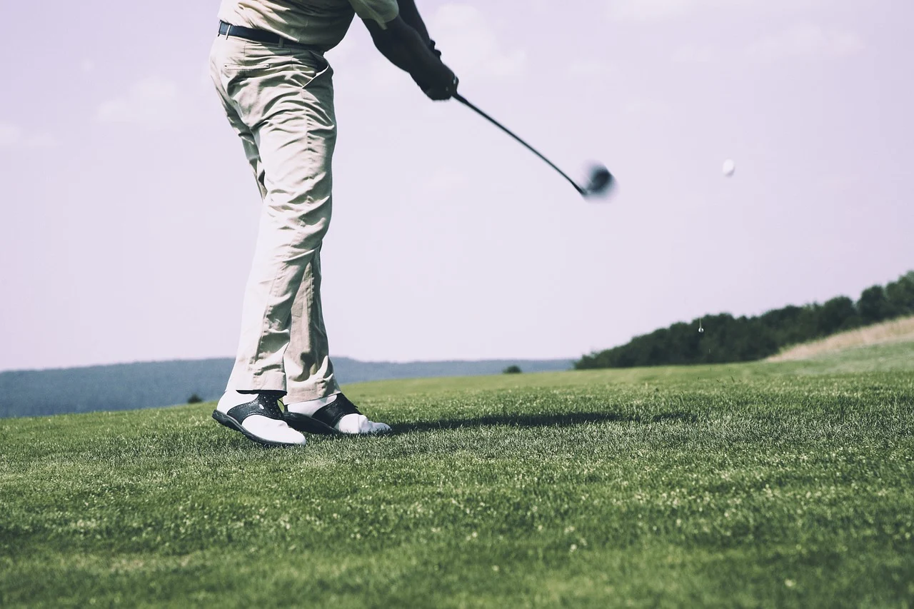 Hitting Away Your Dad Troubles! The Health Benefits of Golf