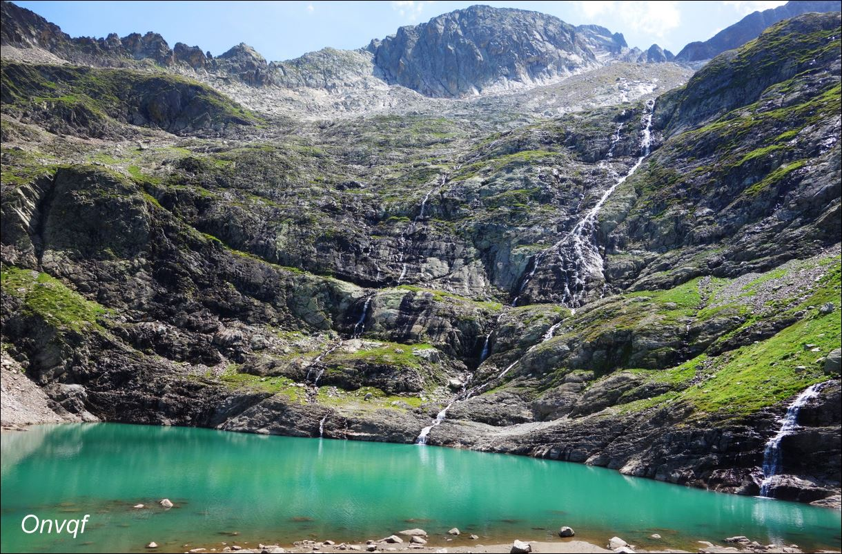 Hi, Bleu lake, in Pyrénées (France) David, http://onvqf.over-blog.com/2015/09/lac-bleu-vallee-du-lys-aaa.html