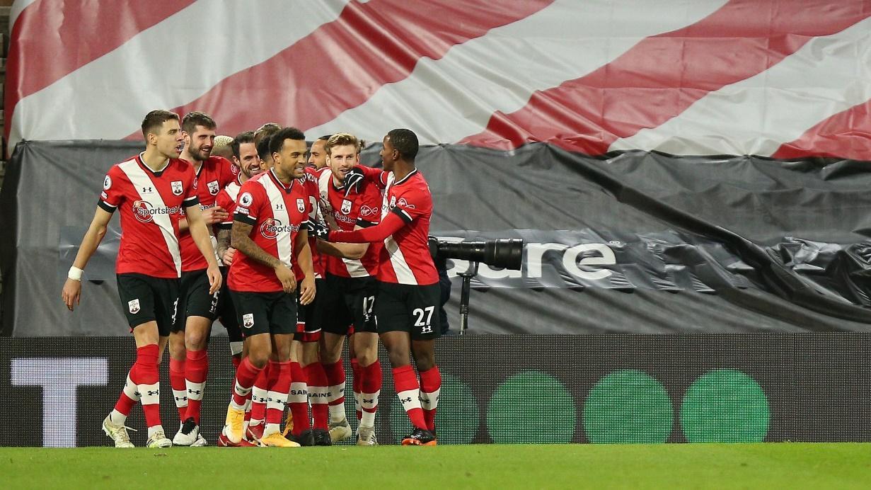 Southampton vẫn đang thi đấu đầy chật vật