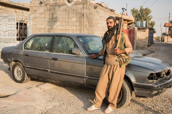 Ако и его BMW, Туз-Хурмату, Ирак. Фото: Чингис Яр