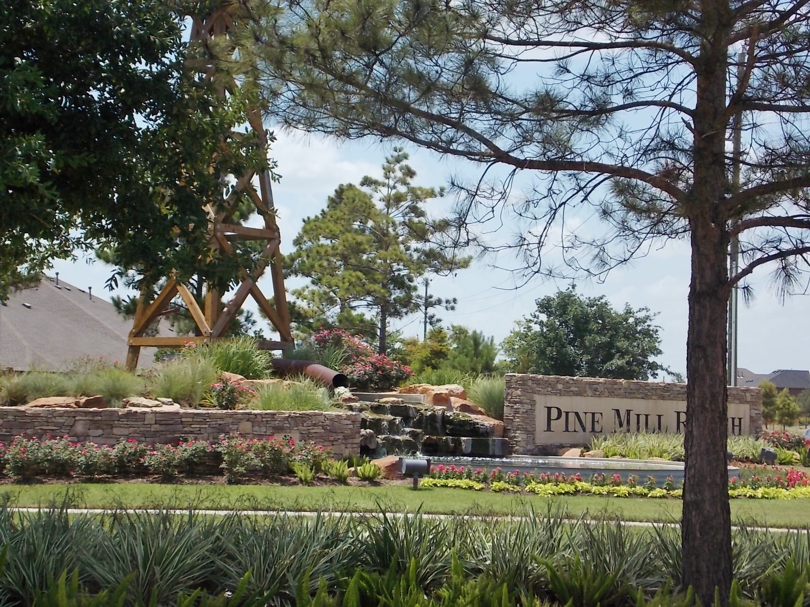 Front entrance of Pine Mill Ranch