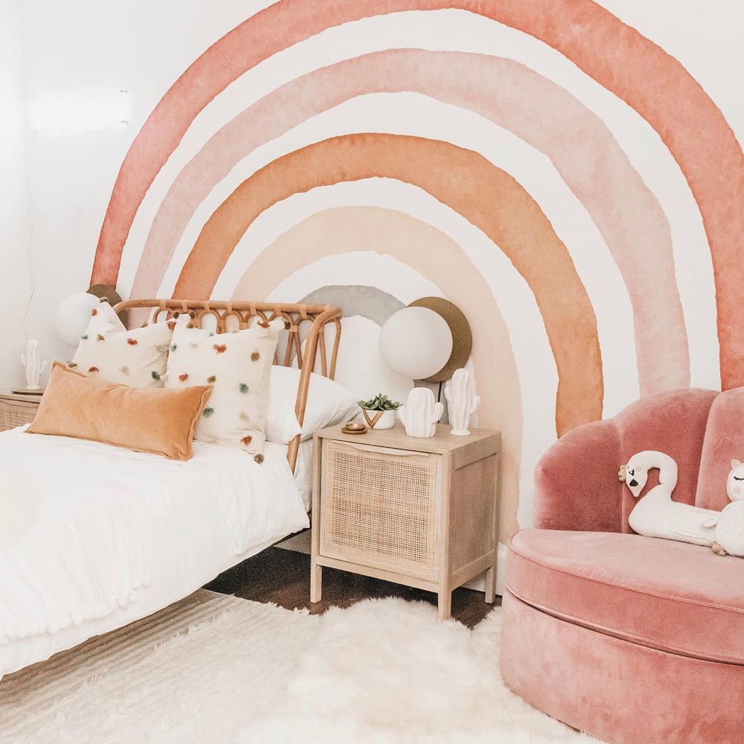Summer Pastel for the Tropical Style Bedroom