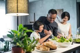 10 Perilaku Hidup Bersih dan Sehat (PHBS) serta Manfaatnya | Hello Sehat